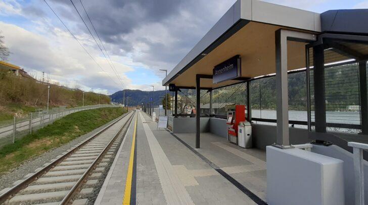 Nach knapp einem Jahr Bauzeit wurde die Haltestelle Annenheim an neuer Lage neu errichtet und konnte vor wenigen Tagen in Betrieb genommen werden.