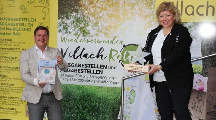 Bürgermeister Günther Albel und Nachhaltigkeitsreferentin Vizebürgermeisterin Irene Hochstetter-Lackner nahmen den Climate Star heute entgegen.