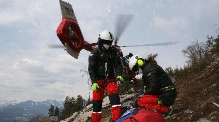 Die ARA Flugrettung hat die extrem herausfordernden und meist spektakulären Einsätze mit der Rettungswinde im Großraum Fresach intensiv trainiert.