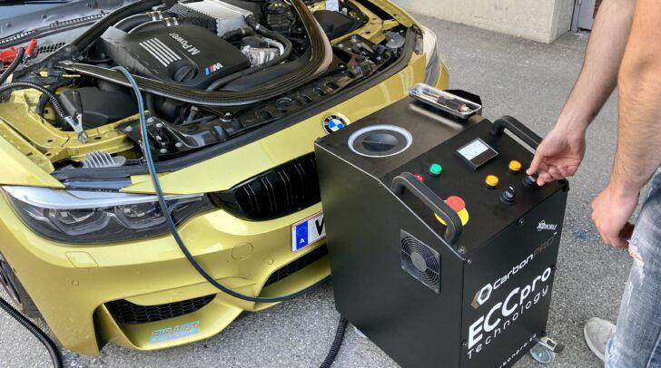 Carbon Cleaning sorgt für eine gründliche Motorreinigung.