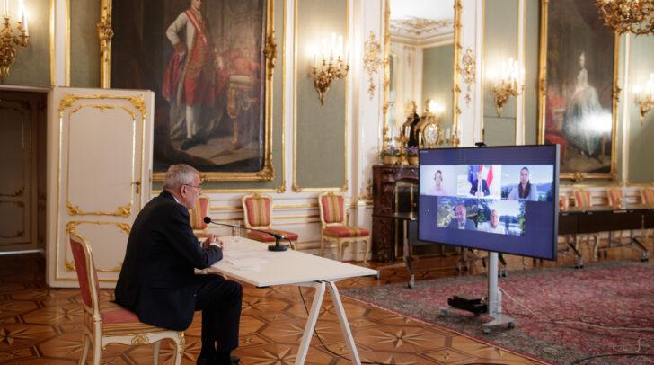 Aus der Wiener Hofburg nahm der Bundespräsident an der Videokonferenz teil.