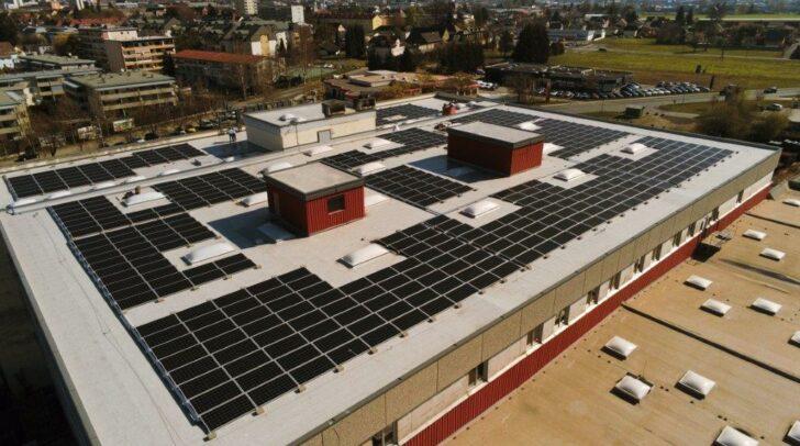 Die neuen Anlagen produzieren bei den drei Standorten im Jahr inetwa den benötigten Strom von 110 Haushalten.