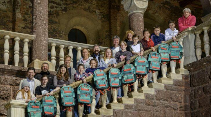 Für die fleißige Teilnahme gewannen alle Schüler der Klasse 2d im BG Tanzenberg coole Burton-Rucksäcke.