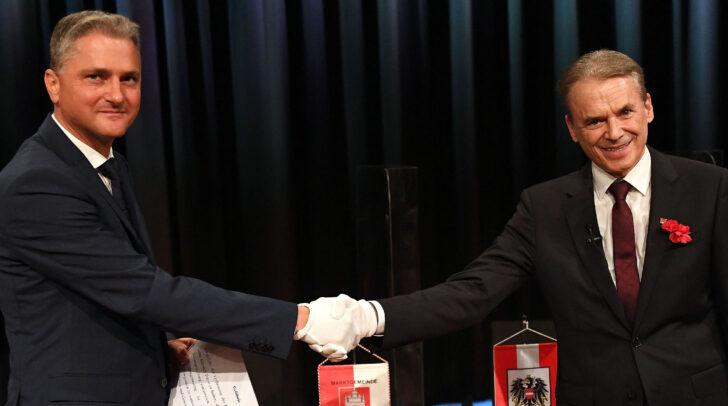 Bezirkshauptmann Bernd Riepan und Veldener Bürgermeister Ferdinand Vouk