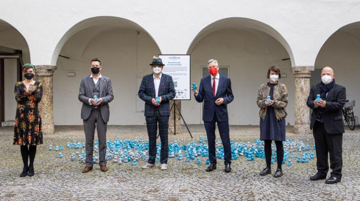 Eröffnung der Kunstinstallation im Burghof