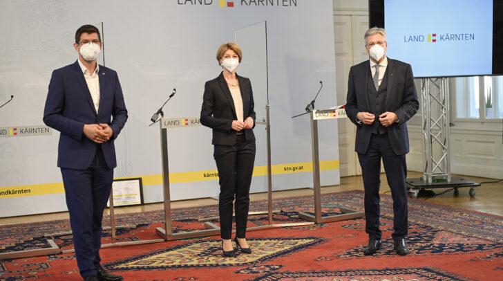 v.l.n.r.: LR Martin Gruber, LHSTv.in Gaby Schaunig und LH Peter Kaiser