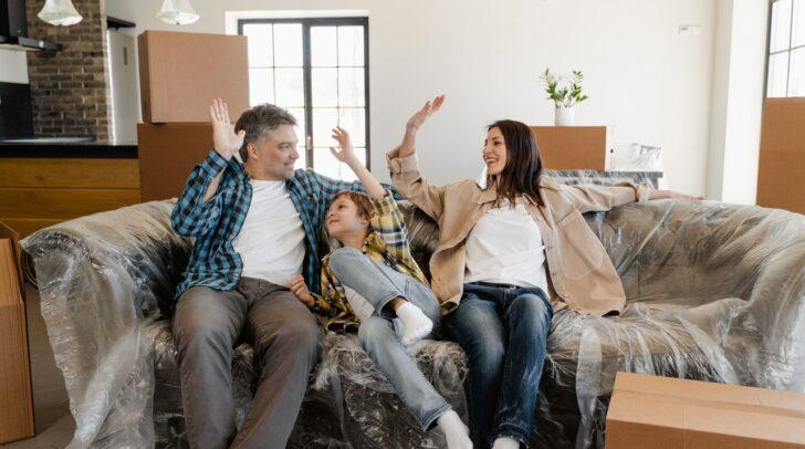 Ist der Umzug geschafft, kannst du endlich dein neues Zuhause genießen!