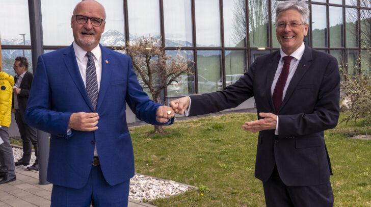 Peter Kaiser bei der Angelobigung der Gemeindemandatare und des Bürgermeisters Klaus Glanznig in Treffen.