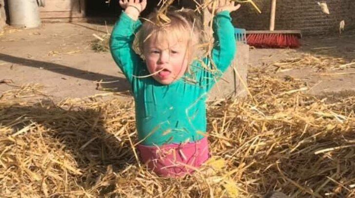 Die dreijährige Dorothea muss aufgrund der Stoffwechselstörung eine strenge Diät halten.