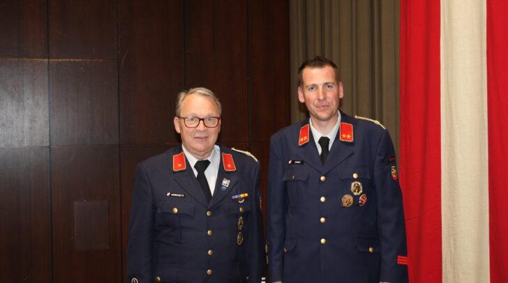 Hannes Zeber (rechts) wurde als Ortsfeuerwehrkommandant und Roland Marchetti (links) als Ortsfeuerwehrkommandantenstellvertreter wiedergewählt.