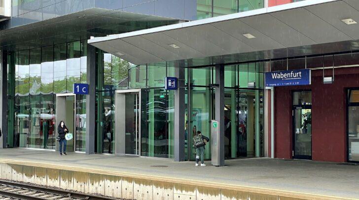 Aus Klagenfurt wird der Wabenfurter Hauptbahnhof