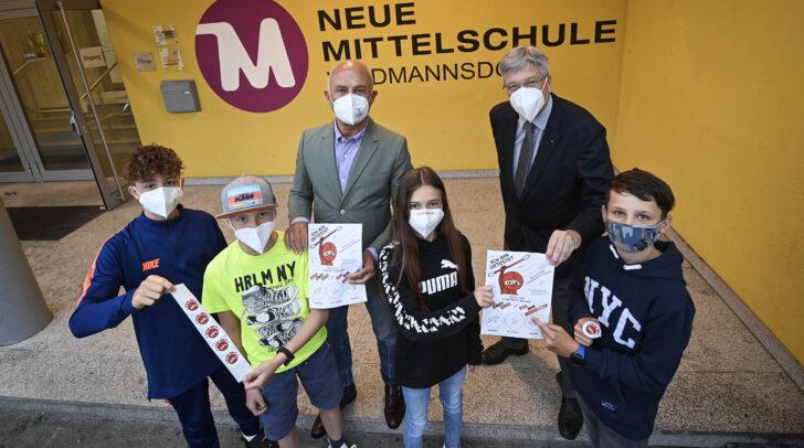 Besuch/Lokalaugenschein in der MS 2 Waidmannsdorf anlässlich der Rückkehr zum Präsenzunterricht; MS 2 Waidmannsdorf, Obirstraße 6, Klagenfurt