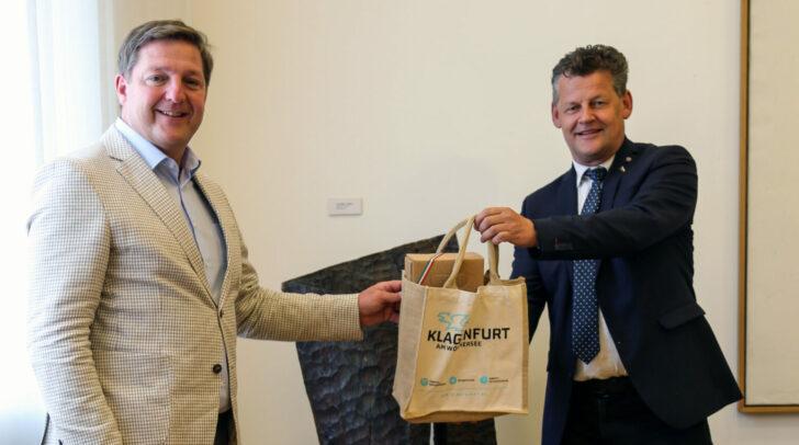 Bürgermeister Christian Scheider und Bürgermeister Günther Albel hoben die gute Zusammenarbeit der Städte Klagenfurt und Villach hervor.