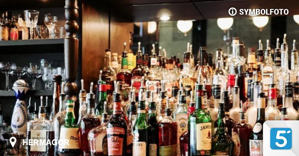 Einbruch-in-Supermarkt-Diebe-tranken-Schnaps-und-Bier